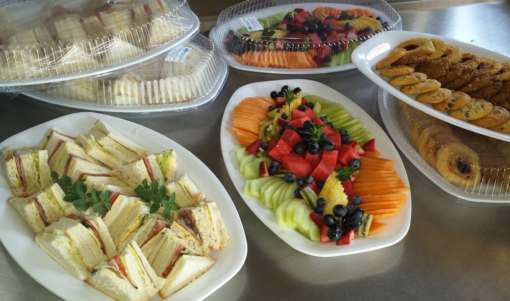 Training session catering – sandwiches, fruit, cookies